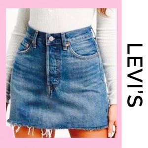 LEVI'S Denim Mini Skirt 4